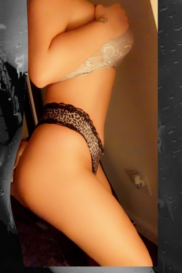 Escort in Repentigny: Busty & ready  $200