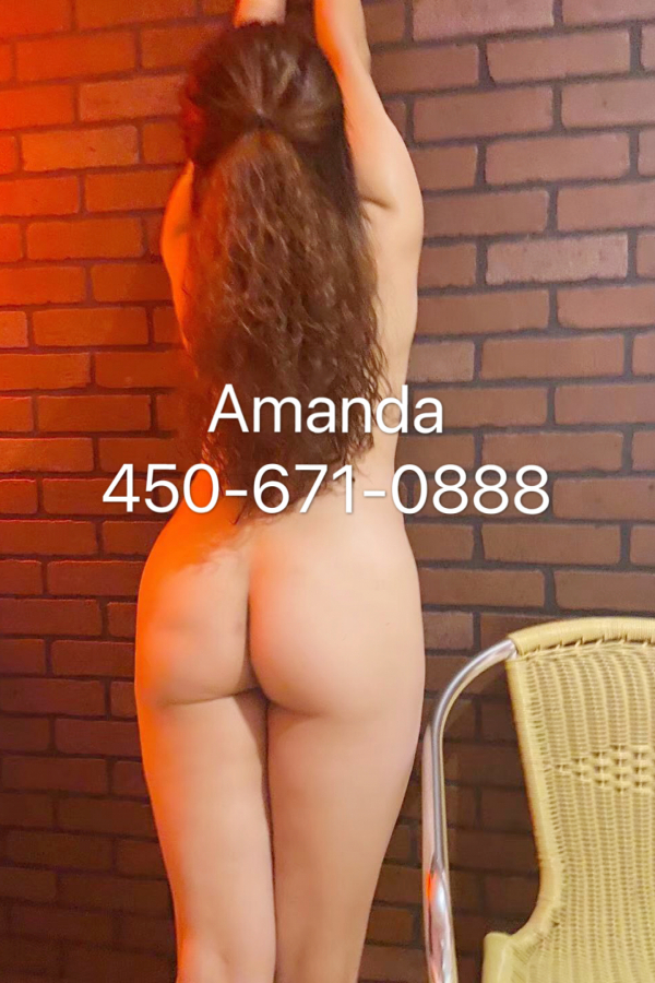 Escort in Longueuil: woow new young Amanda /Real photo/longueuil