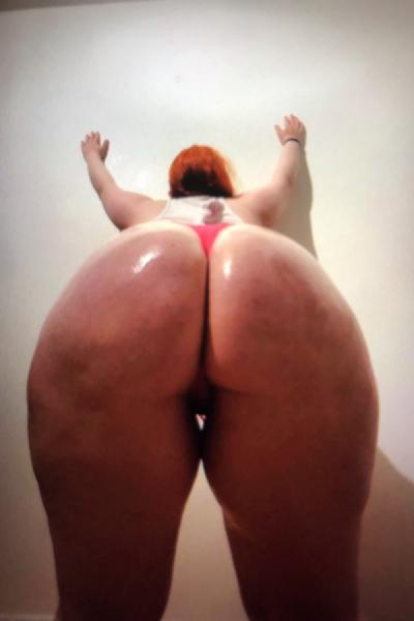 Escort in Ottawa: - Baby Stacy ! My Coochie is your therapy Ottawa